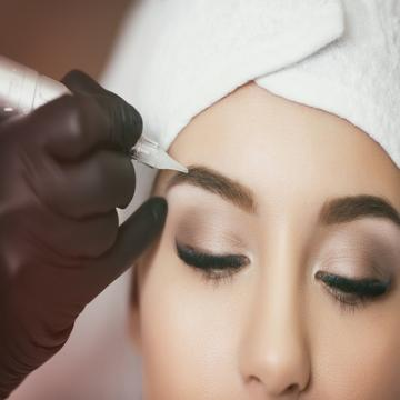 Semi-Permanent and Permanent Make-Up